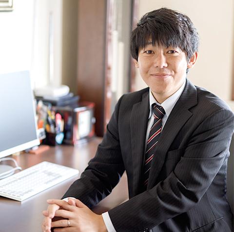 写真:代表取締役 市川 哲史